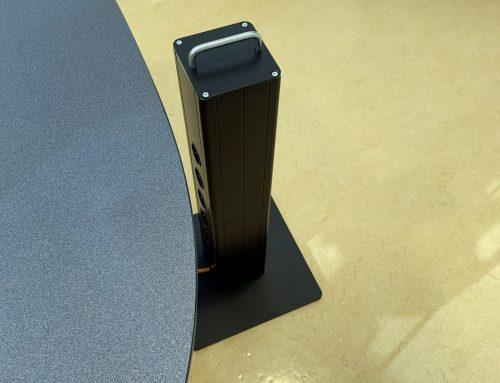 Verplaatsbare laptopzuil vloer serie| Zwart.